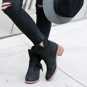 UGG Elora Suede Stacked Heel Ankle Boots